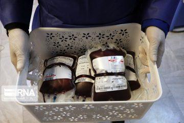 مردم با اهدای خون کاهش ذخایر خونی را جبران کنند