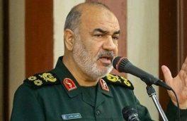 سردار سلامی: همه دشمنان از بازیهای خطرناک با ایران منصرف شدهاند/ حاجقاسم با گذشت زمان زندهتر تجلی میکند
